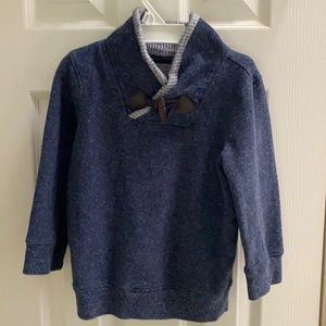 Super soft sweater for boys size 4